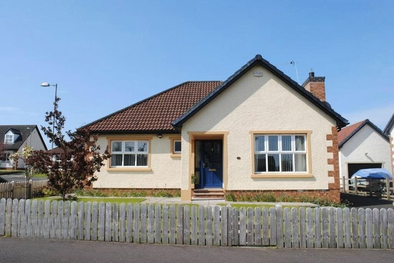 3 Bedrooms Bungalow for sale in Mountview Crescent, Ballymoney