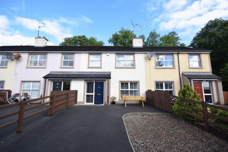 3 Bedrooms Property for sale in Raceview Court, Enniskillen