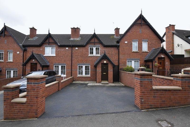 3 Bedrooms Property for sale in Lagmore Glen, Belfast
