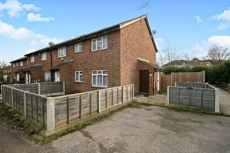 1 Bedroom Property for sale in Nicholas Close, Greenford