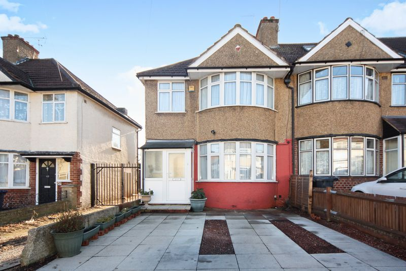 3 Bedrooms Property for sale in Clare Road, Greenford