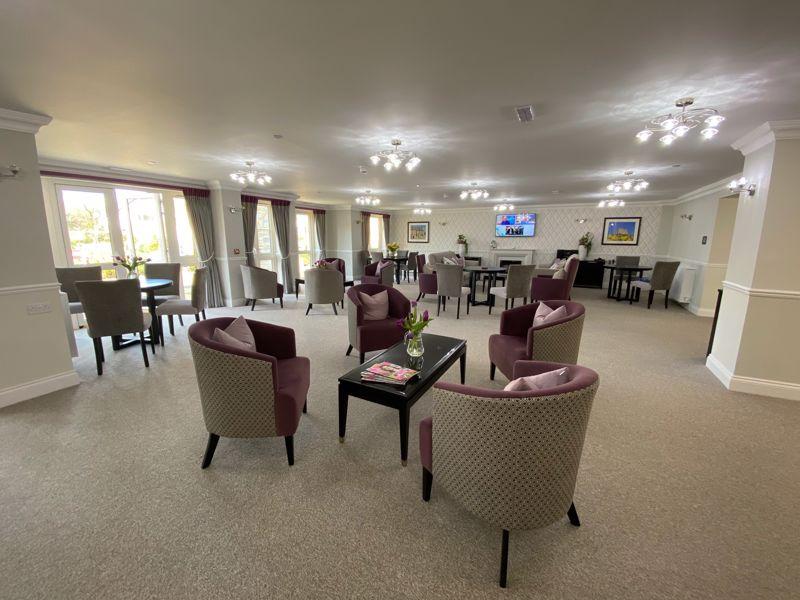 19 De Clare Lodge, Westgate, Cowbridge, The Vale of Glamorgan CF71 7FR