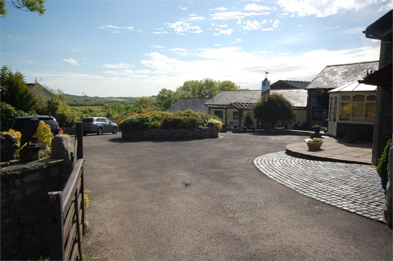 The Coach House and Orchard Garden, St Mary Hill, Vale of Glamorgan, CF35 5DT