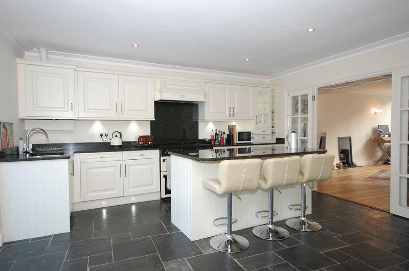 'Eastgate Cottage' 69B Eastgate, Cowbridge, Vale of Glamorgan, CF71 7AA