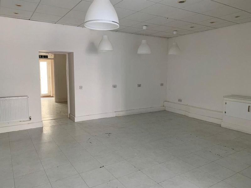 Ground Floor Unit, 75 Eastgate, Cowbridge, Vale of Glamorgan, CF71 7AA