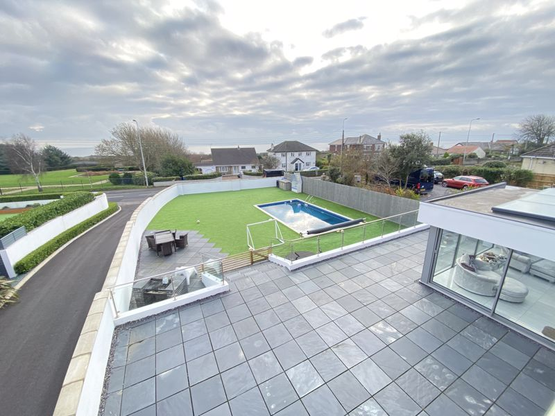 5 Sea View Court, Fontygary Road, Rhoose, The Vale of Glamorgan CF62 3DU
