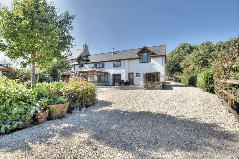 Hollybush House, Stalling Down, Cowbridge, The Vale of Glamorgan CF71 7DT