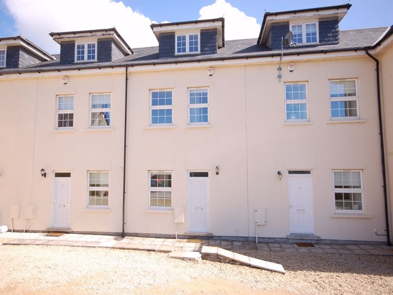 4 West Hall, West Aberthaw, CF62 4JA