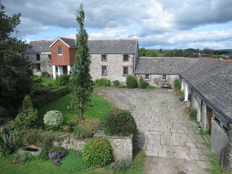 Bryn Y Fedwen Farm, Ystradowen, Vale of Glamorgan, CF71 7SZ
