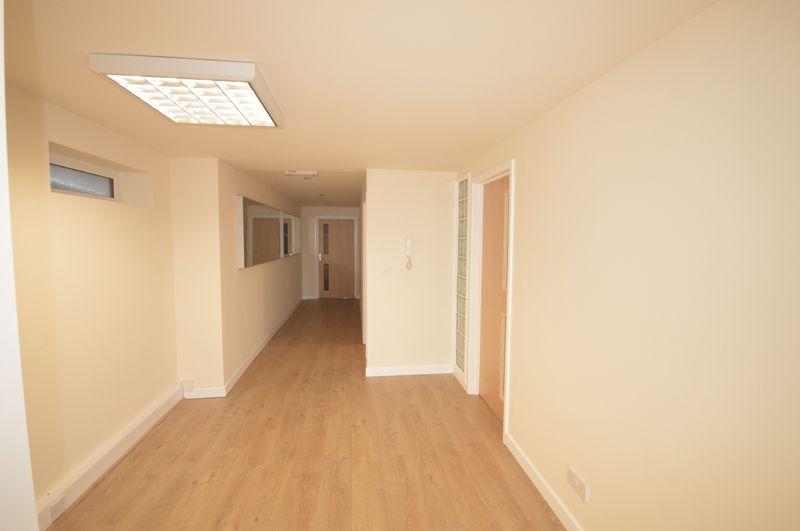 29 High Street, Cowbridge, Vale of Glamorgan, CF71 7AE