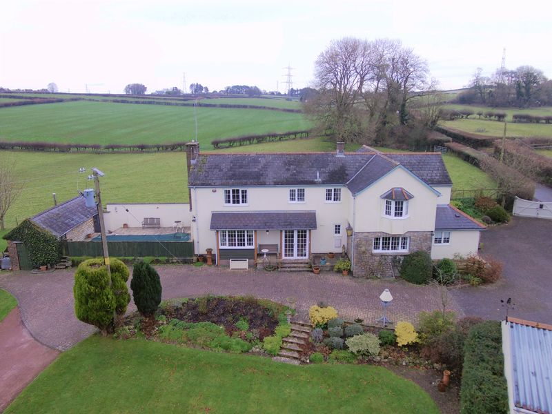 5 Bedrooms Property for sale in Loos House, Welsh St Donats, Nr. Cowbridge, Vale of Glamorgan