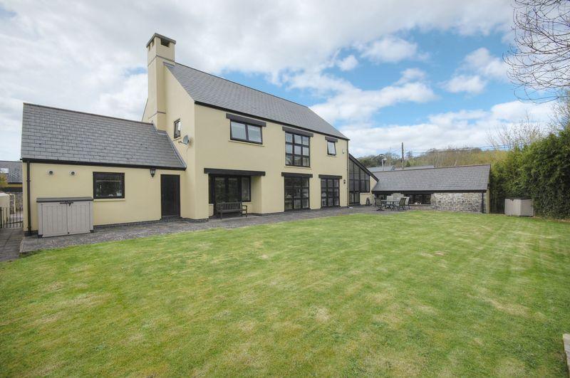 4 Llanblethian Court, Llanblethian, Cowbridge, Vale of Glamorgan CF71 7JZ
