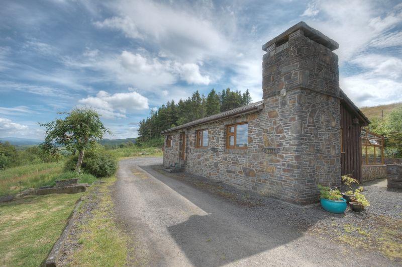 Estates Farm, Fairyland Road, Neath SA11 3QE