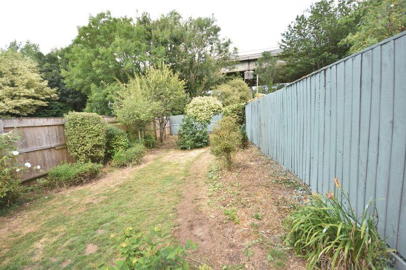 38 Millfield Drive,Cowbridge, Vale of Glamorgan CF71 7BR