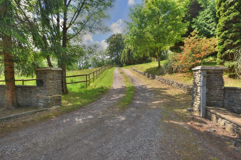 Pen Y Parc Farm, Ynysybwl, CF37 3NA
