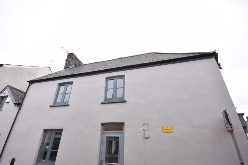 Flat 1, Corner House, Stag Lane, Llantwit Major, CF61 1YP