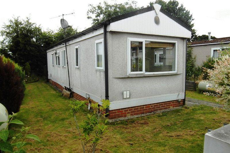 Cambridge Lodge, Bonehurst Road, HORLEY