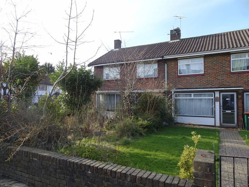 Plover Close, Langley Green, CRAWLEY, West Sussex