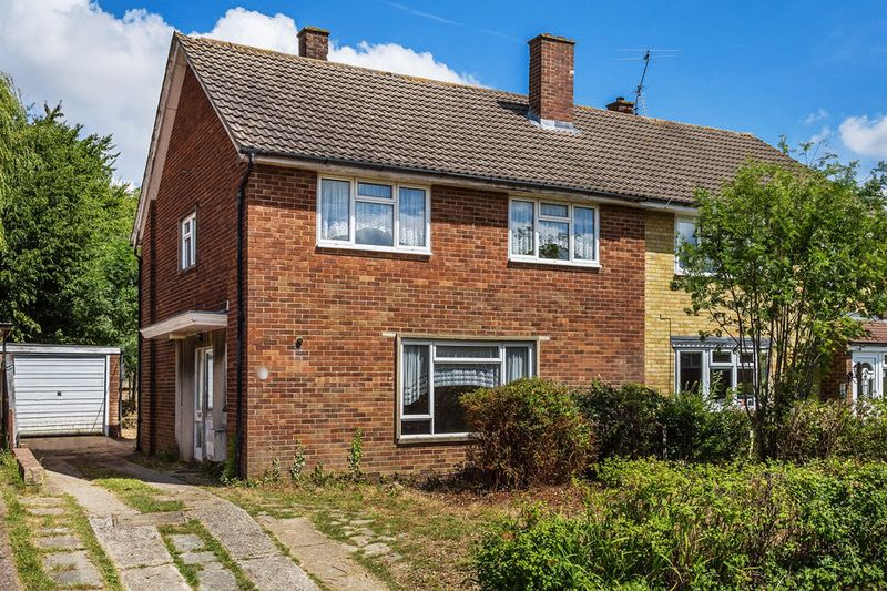 Theydon Close, Furnace Green, CRAWLEY, West Sussex