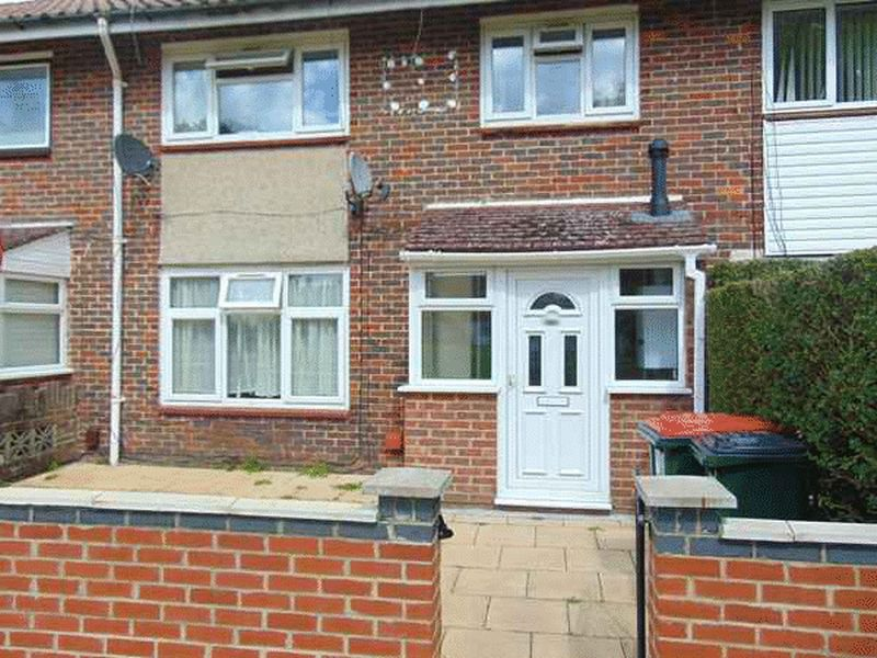 Poplar Close, Langley Green, CRAWLEY, West Sussex