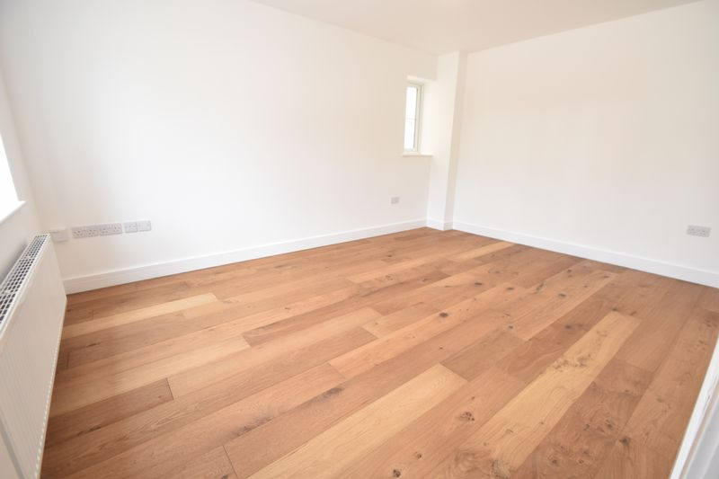3 bedroom Detached  to rent in Colin Road, Luton - Photo 16