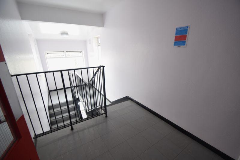 1 bedroom Apartment / Studio to rent in Dumfries Street, Luton - Photo 2