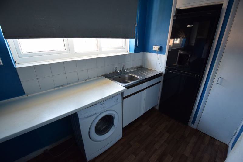 1 bedroom Flat to rent in Whipperley Ring, Luton - Photo 3