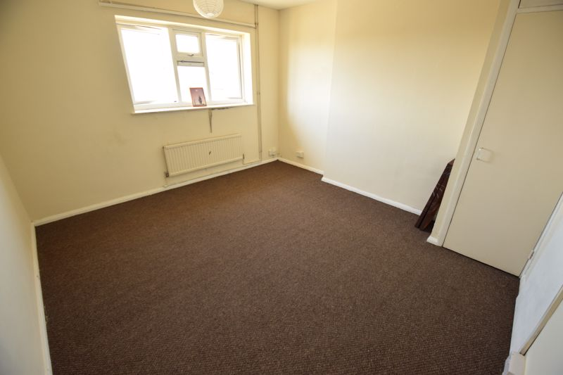 1 bedroom Flat to rent in Whipperley Ring, Luton - Photo 5