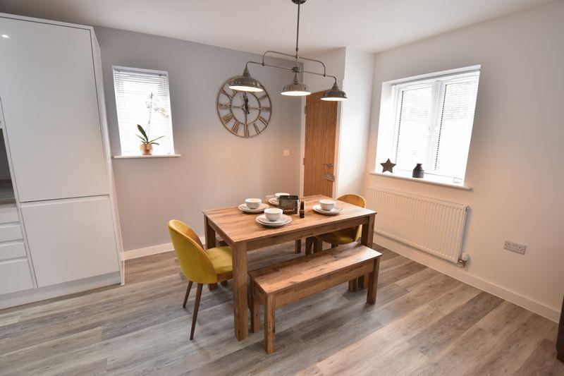 2 bedroom Flat to rent in Ridgway Road, Luton - Photo 10