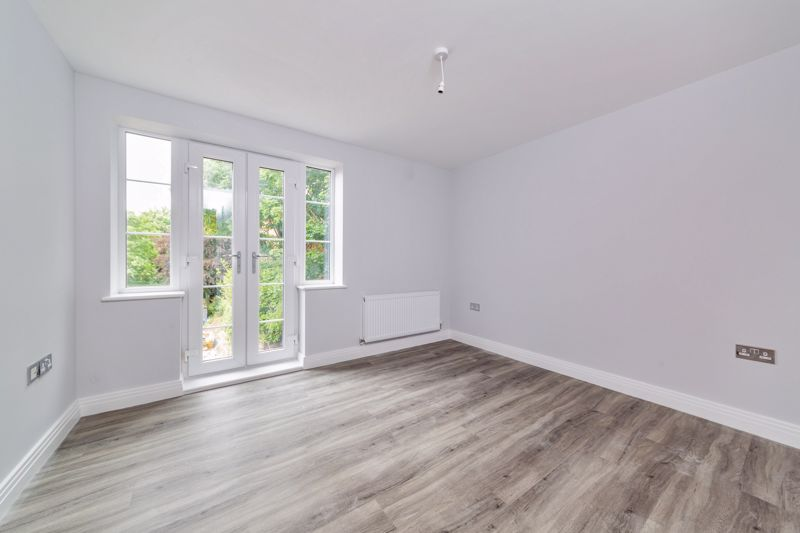 1 bedroom  to buy in 48 Crawley Green Road, Luton - Photo 4