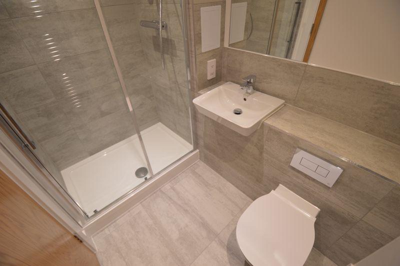 2 bedroom Flat to buy in Kimpton Road, Luton - Photo 2