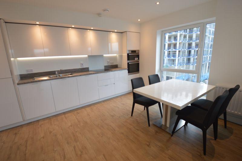 2 bedroom Flat to buy in Kimpton Road, Luton - Photo 13