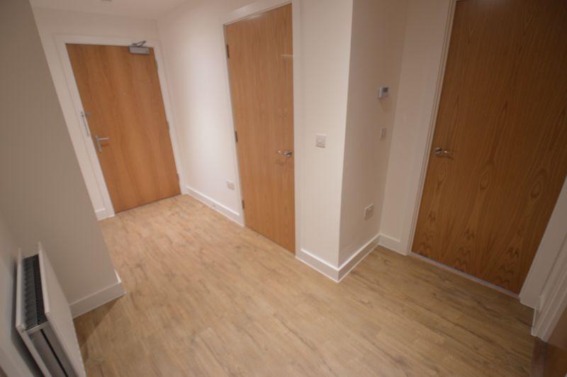 2 bedroom Flat to buy in Kimpton Road, Luton - Photo 15