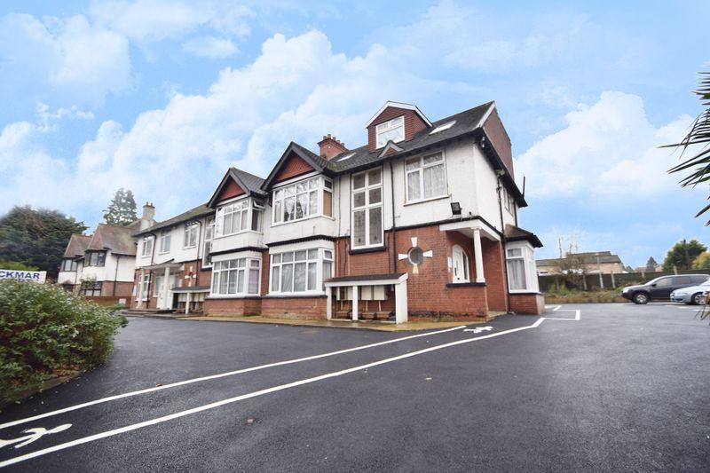 1 bedroom Flat to rent in New Bedford Road, Luton