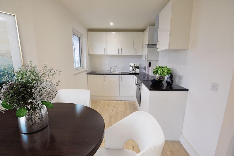 1 bedroom  to buy in Midland Apartments, 142 Midland Road,, Luton - Photo 7
