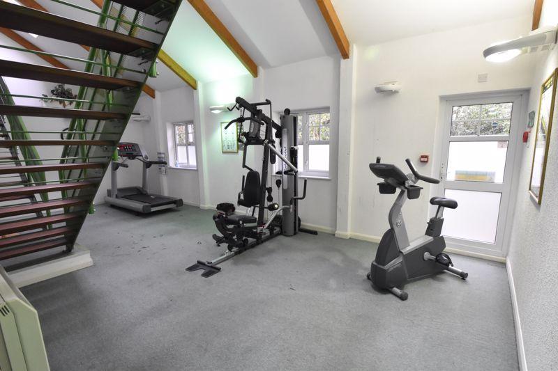 1 bedroom Apartment / Studio to buy in Barons Court, Earls Meade, Luton - Photo 11