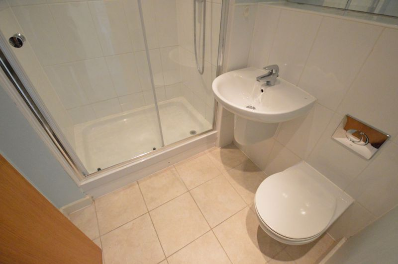 3 bedroom Apartment / Studio to rent in Midland Road, Luton - Photo 36