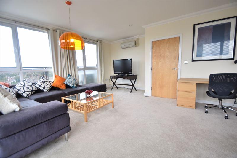 3 bedroom Apartment / Studio to rent in Midland Road, Luton - Photo 22