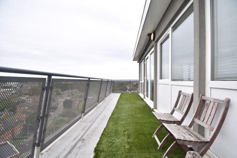 3 bedroom Apartment / Studio to rent in Midland Road, Luton - Photo 24