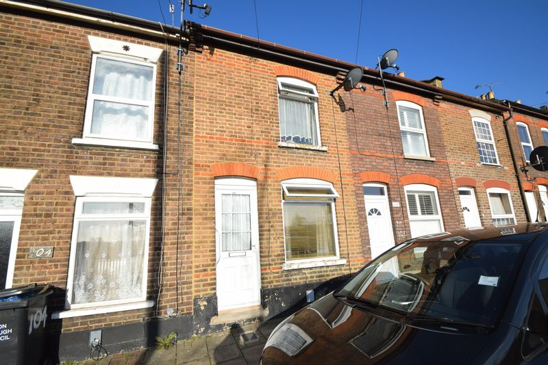 2 bedroom Mid Terrace to rent in Cobden Street, Luton