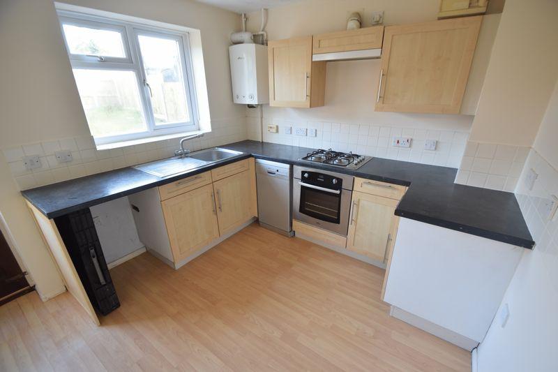 3 bedroom Semi-Detached  to buy in Lambourn Drive, Luton - Photo 15