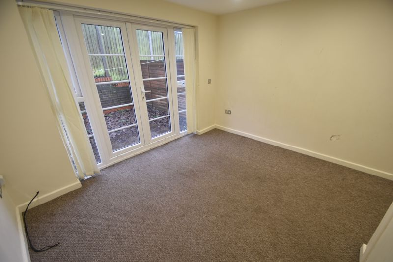 2 bedroom Mid Terrace to rent in Grove Road, Luton - Photo 29