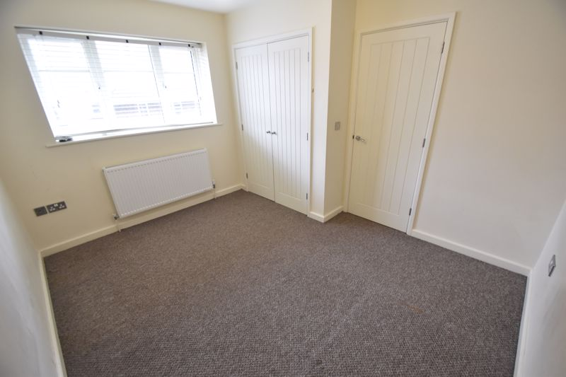 2 bedroom Mid Terrace to rent in Grove Road, Luton - Photo 30
