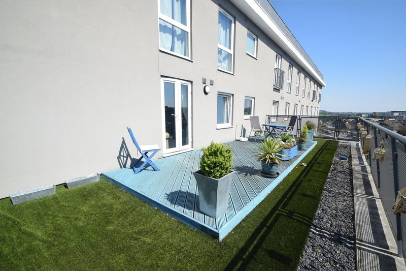 2 bedroom Apartment / Studio to rent in Hatton Place, Midland Road, Luton - Photo 3