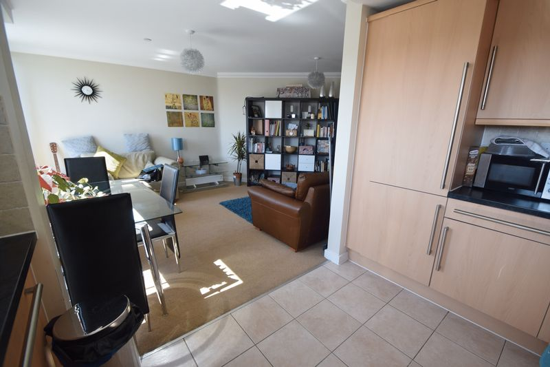 2 bedroom Apartment / Studio to rent in Hatton Place, Midland Road, Luton - Photo 6