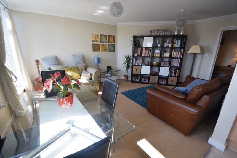 2 bedroom Apartment / Studio to rent in Hatton Place, Midland Road, Luton - Photo 12