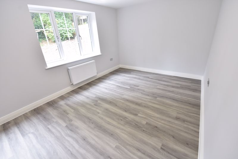 2 bedroom Flat to rent in 48 Crawley Green Road, Luton - Photo 14