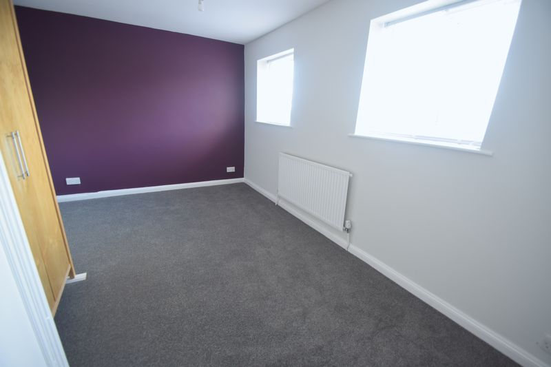 2 bedroom Semi-Detached  to buy in Hayhurst Road, Luton - Photo 1