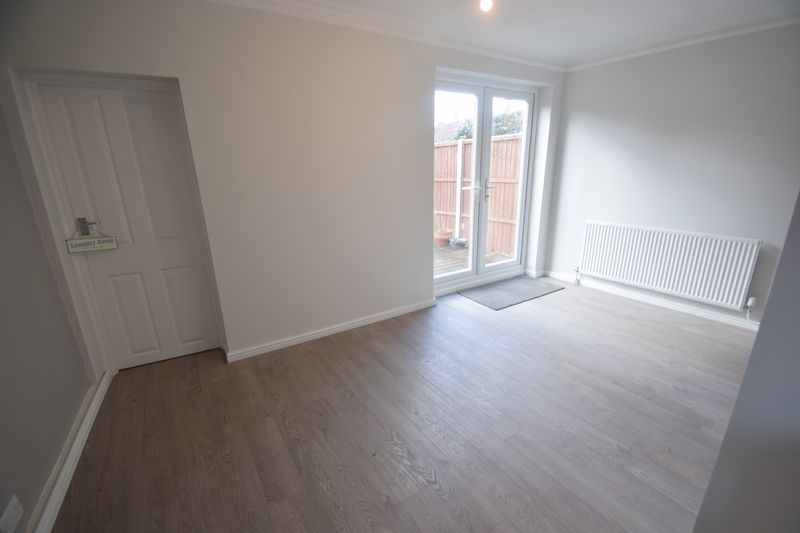 2 bedroom Semi-Detached  to buy in Hayhurst Road, Luton - Photo 8
