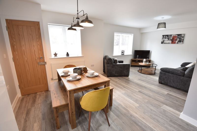 2 bedroom  to buy in Ridgway Road, Luton - Photo 21